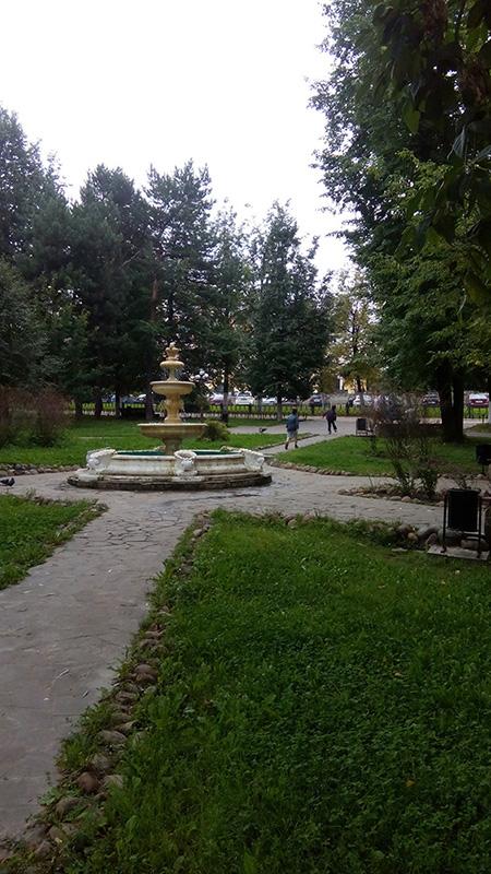 Сквер вокруг Кремля